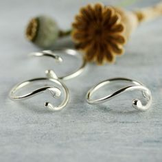 Hey, I found this really awesome Etsy listing at https://www.etsy.com/listing/162350808/yin-yang-ring-in-sterling-silver