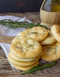 Cheese Appetizers, Appetizer Recipes, Crepes, Slow Cooker Recipes, Cooking Recipes, Focaccia Pizza, Honey Garlic Chicken, Bread And Pastries, Healthy Cooking