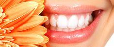 """Principalul ingredient înălbitor din oțetul de mere este acidul acetic, care """"mănâncă"""" în mod activ din petele de pe dinți."""