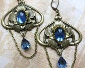 Boucles retro style art déco bleu profond  Blue Victorian earrings