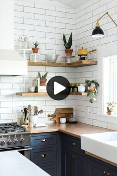 5 Rustic Kitchen Cabinet Designs for your Long Narrow Kitchen - Talkdecor Are you looking for a kitchen cabinet for your long narrow kitchen? These 5 rustic kitchen cabinet designs will make your kitchen look spacious. Rustic Kitchen Cabinets, Rustic Kitchen Decor, Kitchen Cabinet Design, Home Decor Kitchen, Diy Kitchen, Home Kitchens, Kitchen Decorations, Kitchen Shelves, Open Cabinets