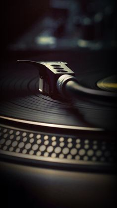 Music Bands Vinyl Records 33 Ideas For 2019 Vinyl Music, Vinyl Records, Music Love, Music Is Life, Dj Equipment, Record Players, Mobile Wallpaper, Music Wallpaper, House Music