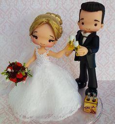 "135 curtidas, 7 comentários - Karina Gargaglioni (@karina_gargaglioni_biscuit) no Instagram: ""Ameiii esse topinho!!!"" Wedding Cake Toppers, Wedding Cakes, Fondant Dog, Bride And Groom Cake Toppers, Wedding Doll, Beautiful Dolls, Bride Groom, Party Favors, Biscuits"