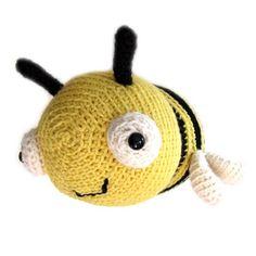 Crochet Bumble Bee Pattern | FreshStitches For Tori
