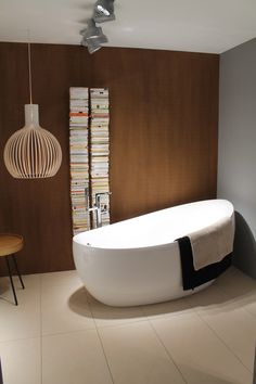 Aveo New Generation bathtub @ ISH '13 | Villeroy & Boch