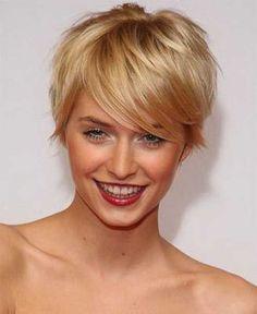 Straight Blondie lange Pixie Frisuren