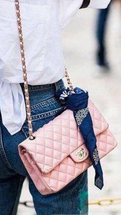 Chanel Fashion Show, Work Fashion, Fashion Week, Fashion Design, Cute Skirt Outfits, Cute Skirts, Channel Bags, Best Designer Bags, Cloth Bags