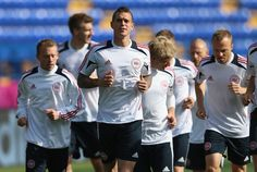 LFC at Euro 2012: Daniel Agger - Denmark Captain leading the team in training