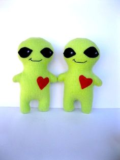 Items similar to Two Green Alien Plush Monsters-Two Green Stuffed Monster aliens with hearts- Boyfriend, girlfriend, twins-Funny couple Anniversary Gift on Etsy Alien Plush, Halloween Sewing, Handmade Stuffed Animals, Neon Rainbow, Anniversary Gifts For Couples, Funny Couples, Boyfriend Girlfriend, Bright Green, Outer Space