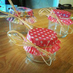 Personaliza las tapa de tus frascos. para tu fiesta con cacapcillos para cupcakes. #FiestasTematicas
