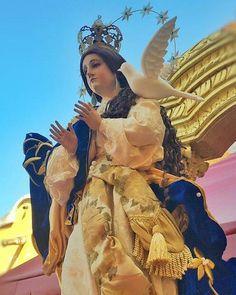 Ella es la bella réplica de la #inmaculadaconcepcion de Escuintla que en este momento ha iniciado su procesión. Ha regresado de restauración! #cucuruchoenguatemala