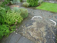 pebble mosaic in earthy grayish colors - wind storm motif