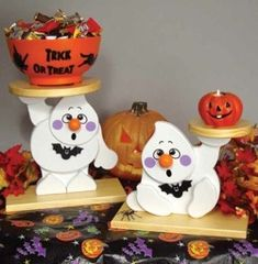 19-W3051 - Ghost Goody Treat Holder Scroll Saw Pattern Set - 2 plans included