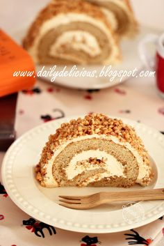 dailydelicious: Almond Coffee Roll Cake: Nutty sweet roll cake