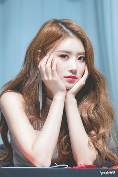 Image discovered by 𝒂𝒏𝒇𝒊𝒔𝒂. Find images and videos about kpop, girl group and lovelyž on We Heart It - the app to get lost in what you love. Kpop Girl Groups, Kpop Girls, K Pop, Cute Edgy Outfits, Lovelyz Mijoo, Kpop Hair, Shot Hair Styles, Camille, Korean Celebrities