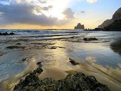🐳🐙🐬 igersitalia #spiaggia #tramonto #earth #geographic #winter #holiday #sardinia #sardiniaphotoexperience #location #beach #vacation #turism #iglesias #lanuovasardegna #vocation #vsco #sardegnaalmare #vscocam #focus_sardegna #sardegna #island #paradise #igers #travel #masua #destination#eventprofs #meetingprofs #eventplanner #eventtech