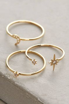 Anthropologie - Damenbekleidung, Accessoires & Home - Anthropologie Celestial S. - Anthropologie – Damenbekleidung, Accessoires & Home – Anthropologie Celestial Stacking Rings / - Dainty Gold Jewelry, Cute Jewelry, Jewelry Accessories, Fashion Accessories, Fashion Jewelry, Women Jewelry, Bohemian Accessories, Cheap Jewelry, Jewlery