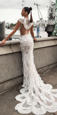 24 Modern Wedding Dresses From Top USA Designers Modern Wedding Dresses From Top USA Designers ★ modern wedding dresses sheath with cap sleeves ruffles skirt lior charchy★ See more: weddingdressesgui… Wedding Dresses With Straps, Wedding Dress Trends, Princess Wedding Dresses, Designer Wedding Dresses, Bridal Dresses, Event Dresses, Amazing Wedding Dress, Backless Wedding, Lace Wedding