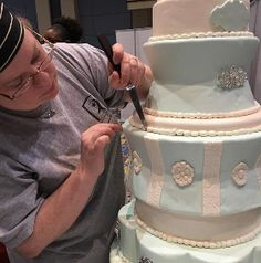 How To Get Cake Decorating Experience : Whimsical Wedding Cakes on Pinterest Wedding cakes ...