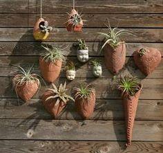 Lynn Armstrong creates earthenware ceramics in her backyard | Dallas Morning News