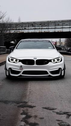 Waiting for trackdays :( Bmw M4, Bmw Wagon, Bmw Parts, Most Expensive Car, Fancy Cars, Best Luxury Cars, Bmw Motorcycles, Amazing Cars, Sport Cars