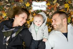Olmsted Falls Baby Photography by Brittany Gidley at David Fortier Park. 6 month baby photogshoot with Gavin and his parents. Fall Family Portraits, Fall Family Pictures, Family Posing, Family Pics, Cute Photography, Autumn Photography, Family Photography, 6 Month Baby Picture Ideas Boy, Baby Boy Pictures
