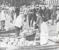 Hjalmar Ingman selling his viili in Helsinki in the 1920s