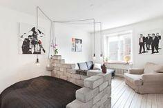 DIY: Rustik sengeramme, opdeling af stue og 'soveværelse'