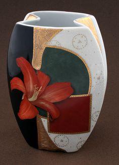 Ridiculous Tricks Can Change Your Life: Pottery Vases United States large vases arrangements. Pottery Painting, Ceramic Painting, Pottery Vase, Vase Centerpieces, Vases Decor, Metropolitan Museum, Vase Noir, Black Vase, Wooden Vase