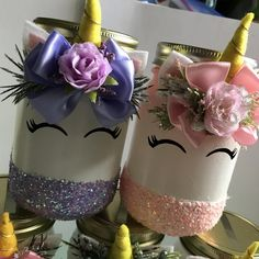 Unicorn piggy bank $15 find us on Instagram tlc.by.queenb #tlcbyqueenb #unicorncrafts Mason Jar Crafts, Mason Jar Diy, Bottle Crafts, Party Unicorn, Unicorn Birthday Parties, Diy Birthday, Birthday Gifts, Little Girl Crafts, Cute Crafts