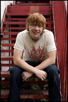 Rupert Grint, played Ronald Weasley in the Harry Potter legacy. Harry Potter Ron, Ron And Hermione, Harry Potter Characters, Book Characters, Draco, Hogwarts, Gina Weasley, Bad Boy Aesthetic, Rupert Grint