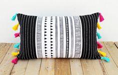 Funda de cojín blanco y negro azteca - Aztec black and white cushion cover - hecho a mano en DaWanda.es