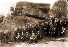 Great Grandfather Captain Joseph B Fitch served in the Maine - Reunion Photo at the Devil's Den at Gettysburg - October Us History, American History, Gettysburg Battlefield, War Image, America Civil War, Civil War Photos, Military History, Military Art, Historical Photos