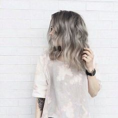 Medium length hair, wavy hair, grey hair, hair color, silver hair, ash hair color More
