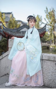 Korean Traditional Dress, Traditional Fashion, Traditional Dresses, Culture Clothing, Chinese Clothing, Japanese Outfits, Asia Girl, Chinese Culture, Hanfu