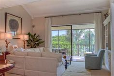1975 Gulf of Mexico Drive #302 | Longboat Key Vacation Rental Property | Jennette Properties