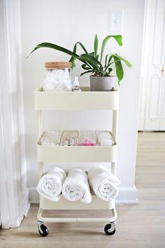 Charming Farmhouse Bathroom Storage DIYS