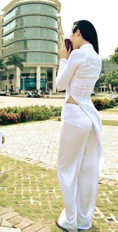 Best 9 mygirlgallery — Hot Asian Girls More : Asian Girls Vietnamese Traditional Dress, Vietnamese Dress, Traditional Dresses, Beautiful Girl Image, Beautiful Asian Women, Beautiful Indian Actress, Sexy Hips, Ao Dai, Asian Fashion