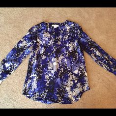 FINAL PRICE! Dark blue/grey floral blouse Modest v-neck dark blue, grey, and white v-neck. Sleeves have cute bottons on the cuffs and go down to the wrist. Very flowy and airy, extremely comfortable material! Liz Claiborne Tops Blouses