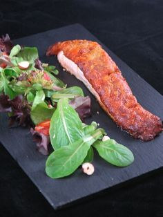 Recette Saumon en croûte de chorizo, parmesan & noisettes