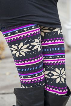 Purple Nordic Winter Leggings-