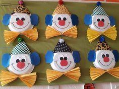 Clown – Gemalde und Dekoration – The World Kids Crafts, Clown Crafts, Circus Crafts, Carnival Crafts, Spring Crafts For Kids, Preschool Crafts, Art For Kids, Diy And Crafts, Arts And Crafts