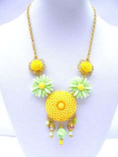 Green Yellow Flower Necklace Vintage Romantic by Sweetystuff, £29.00
