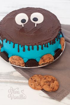 Viva Vanilla - Cookie monster taart, gevuld met eetbaar koekjesdeeg