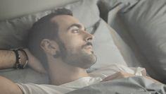 """Marco Mengoni, ecco il video ufficiale del nuovo singolo """"La valle dei re"""""""