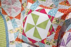 Virginia Reel Pillow - Free Quilting Pattern on Craftsy