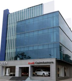 German luxury car manufacturer, Audi brings a 6102 sq. ft showroom to Coimbatore, their second in Tamil Nadu and fifth in Southern India. The inauguration was graced by the presence of  Michael Perschke, Head, Audi India, and Mr. Anandakrishnan CR, Managing Director, Audi Coimbatore (Jahnvi Motors Pvt. Ltd)