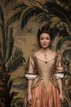 A gallery of Versailles publicity stills and other photos. Featuring George Blagden, Alexander Vlahos, Evan Williams, Stuart Bowman and others. Period Costumes, Movie Costumes, Historical Costume, Historical Clothing, Louis Xiv, Versailles Tv Series, 17th Century Fashion, 18th Century, Fantasy Costumes