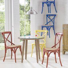 Cadeiras coloridas