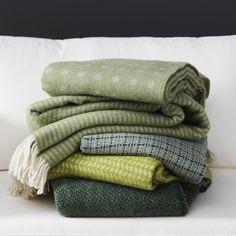 grüne Decken von Klippan Stitch kariert grün gesehen bei www.dorfhaus.net